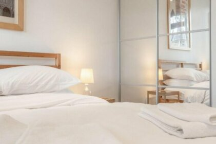 1 Bedroom Apartment Near South Bank
