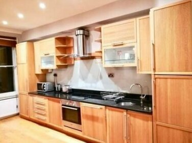 2 Bed Earls Court Hfs14