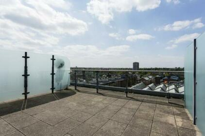 2 Bed Flat With Views Imperial Wharf Fulham