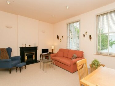 Beautiful Designer 2 bed in Hampstead