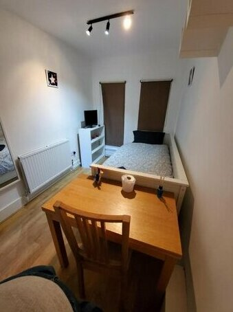 Cosy single room in elephant & castle