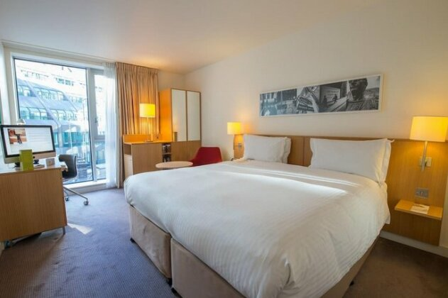 DoubleTree by Hilton Hotel London - Tower of London - Photo2