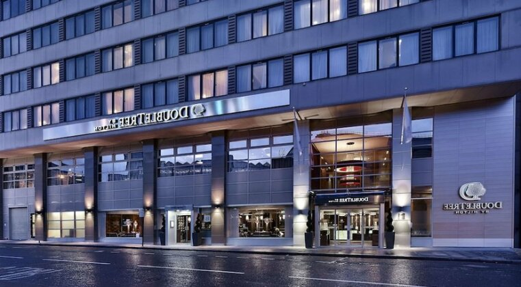 DoubleTree by Hilton London Victoria - Photo2
