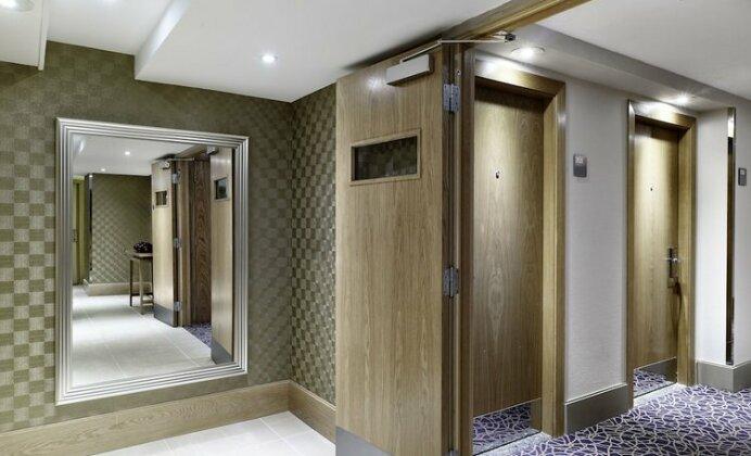 DoubleTree by Hilton London Victoria- Photo5
