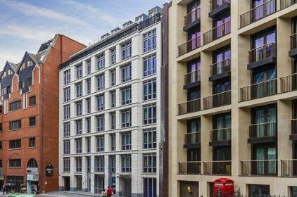 Fetter Lane Apartment