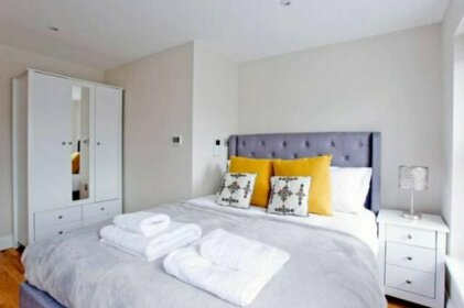 Flat 5 Cromwell Road 1 Bedroom Duplex Apartment
