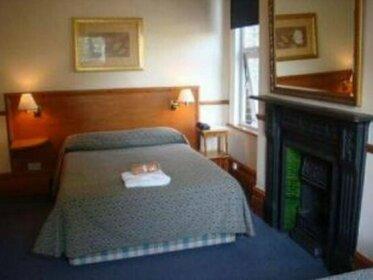 Heatherbank Guest House London