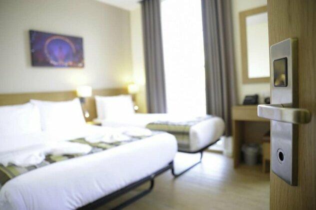 Kings Cross Inn Hotel- Photo5