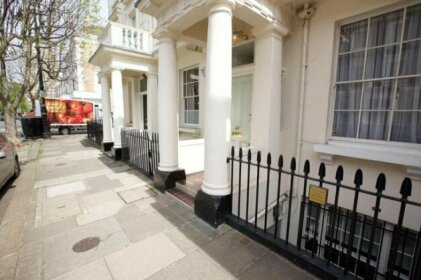 Luxurious 2-bed flat in Pimlico sleeps 4