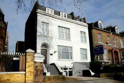 Manor House Hotel London