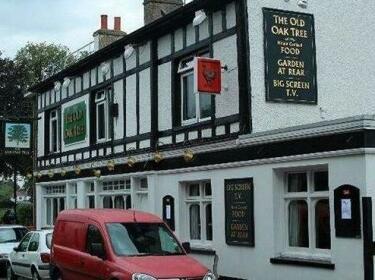 Old Oak Tree Inn