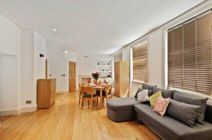 Oxford Street Studio Apartments