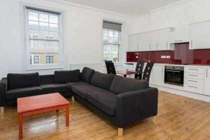 SPACIOUS 3 Beds Central Earls Court - 2 mins-tube