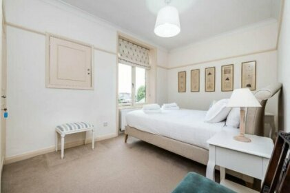 The Harcourt Terrace Kensington Apartment
