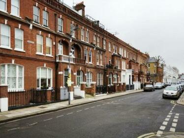 Veeve 1 Bed Flat On Perham Road West Kensington Near Hammersmith