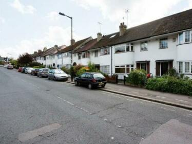 Veeve 3 Bed House On Rokesly Avenue Crouch End