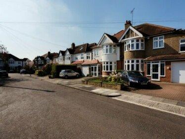 Veeve 5 Bedroom Family Home Preston Close Twickenham