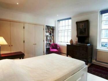 Veeve - Gillingham Street Apartment
