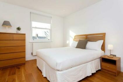 Veeve - Ongar Road 2 bed near Chelsea