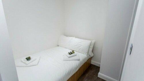 Essential Manchester Apartment
