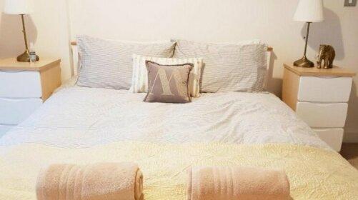 Stunning 2 bedroom flat
