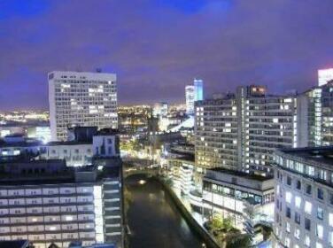 Travelling Light Apartments@Leftbank Manchester