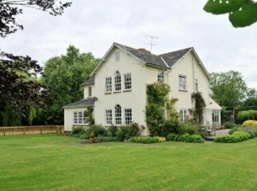 Willow House Manningford