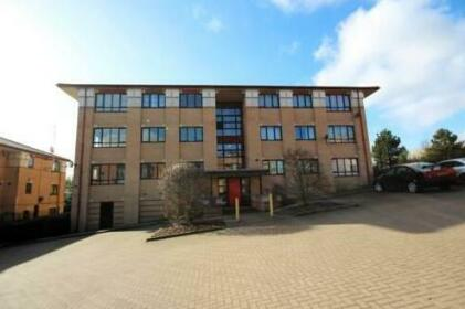 Prime Location Lets - Milton Keynes Serviced Apartments - Campbell Park