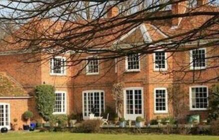 Newnham Manor