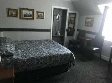 Navaar House Hotel
