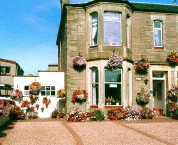 Ackinnoull Guest House