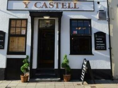 Y Castell Bar & Accommodation
