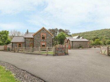 The Farmhouse Rhydyfelin