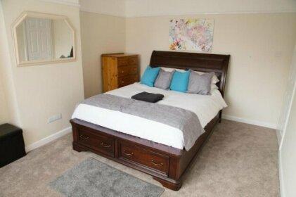 Southampton Luxury Peaceful Room