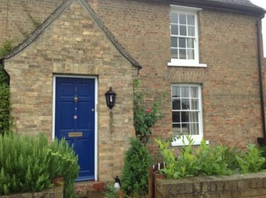 Homestay - Village Farmhouse between Ely and C