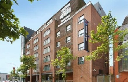 Travelodge Swansea Central Hotel