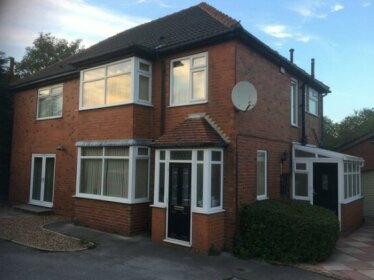 Homestay - Excellent single or double room 40 min from Leeds University