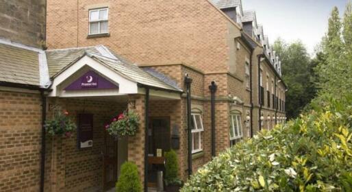 Holmfield Arms Premier Travel Inn