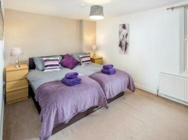 Queens Apartments Watford