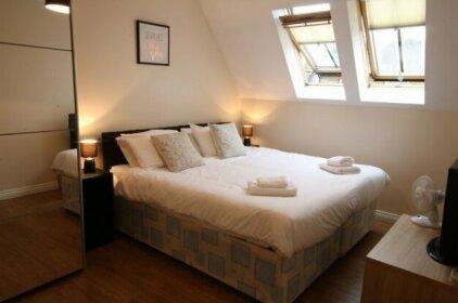 Tantivy apartment