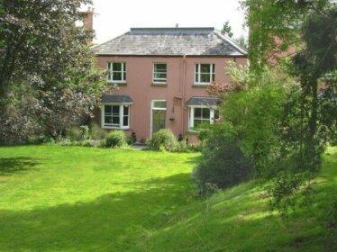 Thatch Close Cottages