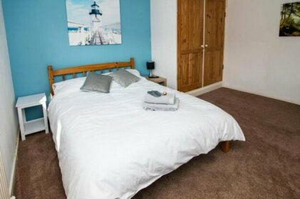 Lovely Rooms in a Quiet Place of Woking