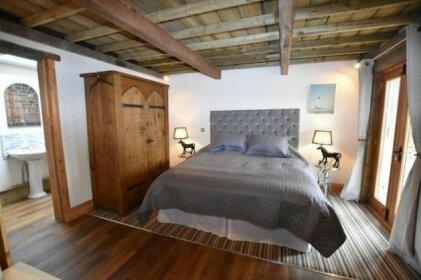 Oak tree stables cottage