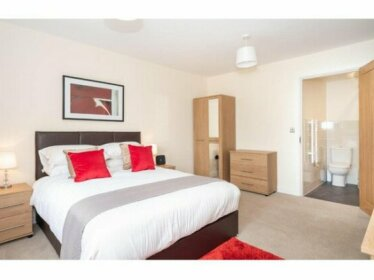 Luxury Modern Apartment in York Sleeps 4