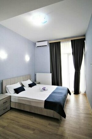 Heart of Tbilisi - modern 3 bedroom apartment