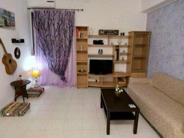 Small apartment 10 min walk from Piraeus port