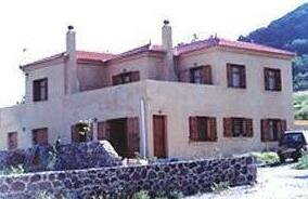 Antithesis Apartments Petra Greece