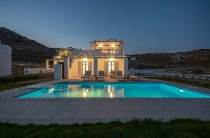 Natura Villas in Naxos