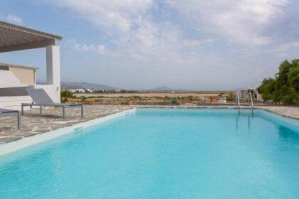 Naxos beachfront villa with pool