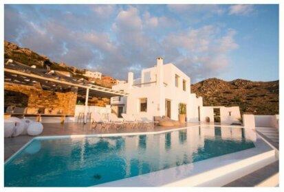 Villa Flo Naxos Island